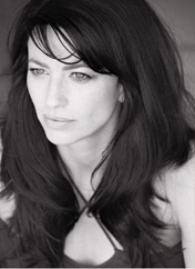 out-of-the-blue-episode-20-claudia-black
